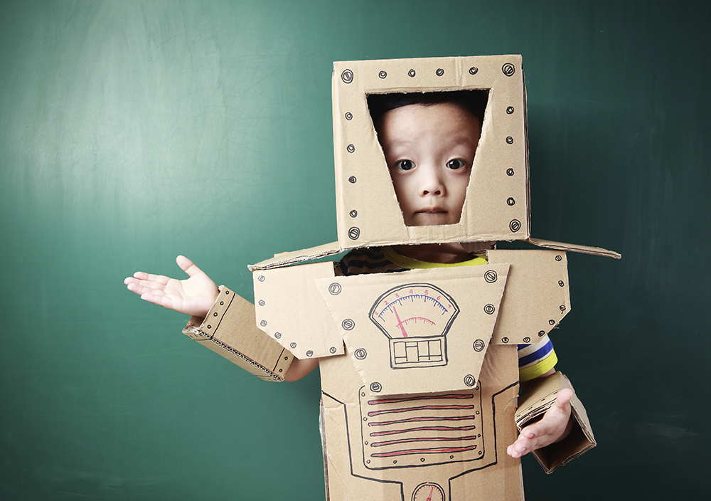 child pretending to be robot data prentending to be truth